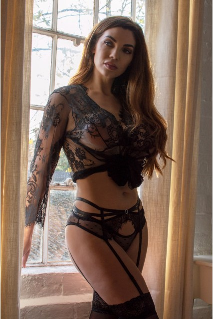 Plus Size Lace Black Set with Suspenders & Matching Thong